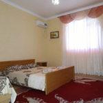 Крым-Евпатория-Гостевой-дом-Леополис-resorts-hotels.org_00013-1-30