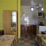 Крым-Евпатория-Гостевой-дом-Леополис-resorts-hotels.org_00015-1-36