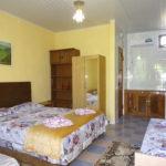 Крым-Евпатория-Гостевой-дом-Леополис-resorts-hotels.org_00019-1-41