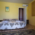 Крым-Евпатория-Гостевой-дом-Леополис-resorts-hotels.org_00021-1-44