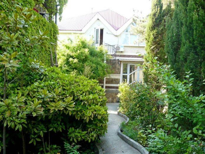 Гостевые дома и отели в Учкуевке Севастополь